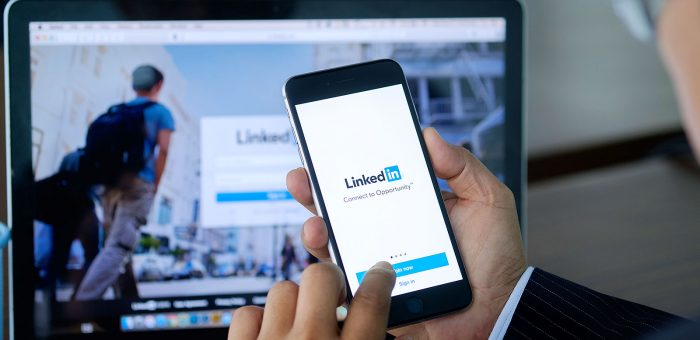 how to write a strong and powerful LinkedIn profile summary